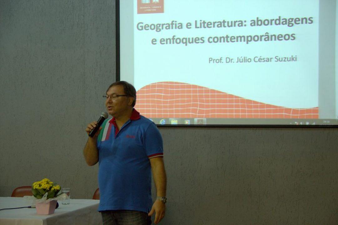 Palestra de abertura com Júlio Suzuki